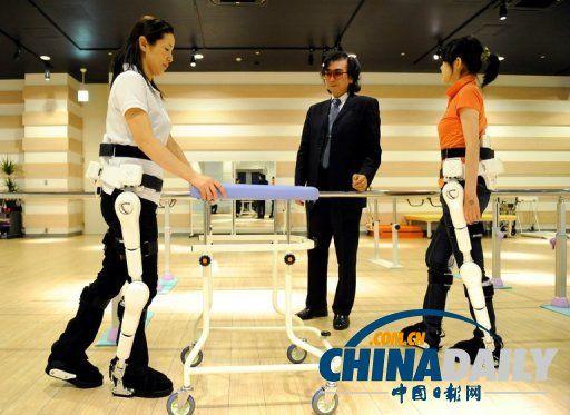 正式向欧洲推广医疗机器人 可帮助患者步行