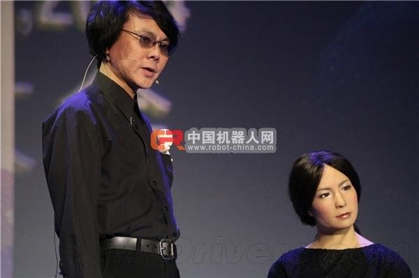 日本石黑浩教授情感机器人