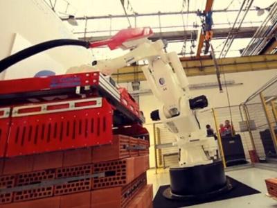 柯马机器人 SMART PAL