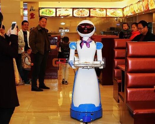 机器人餐厅停业了 是熊孩子把机器人玩坏了 还是另有原因