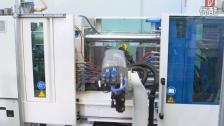 KUKA机器人__塑料风扇生产线