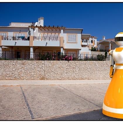 奇翼科技免费租赁餐饮服务机器人
