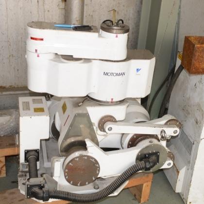 安川机器人 负重165公斤