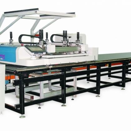 黑金刚视觉跑台丝网印刷机,采用高清CCD视觉对位,高度经尊