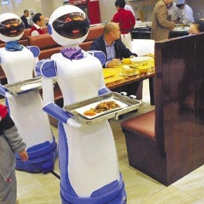 浙江省餐厅机器人、送餐机器人、送菜机器人、红美机器人设备厂家直销