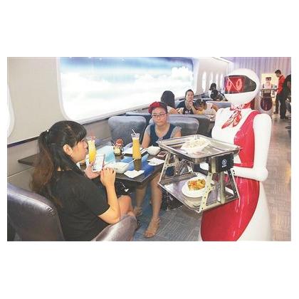 重庆市餐厅机器人、送餐机器人、送菜机器人、红美机器人设备厂家直销