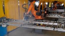 机器人南牧焊接现场
