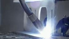 调皮而温柔,最NB的智能焊接机器人