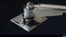 美联洗车摇臂机器人焊接