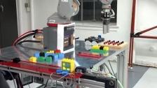 工业机器人搭建积木