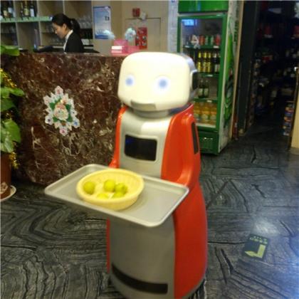 送餐机器人的发展历史   一米机器人