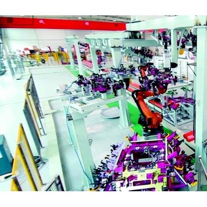 门盖机器人涂胶生产线