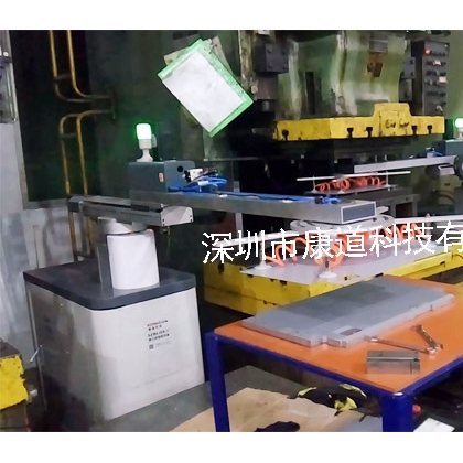 江苏冲压机械手,冲压自动化,冲床机器人