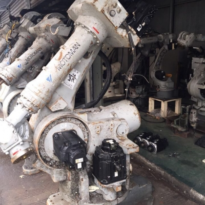 安川机器人UP130本体,5台,负重130公斤电机齐全询价包邮
