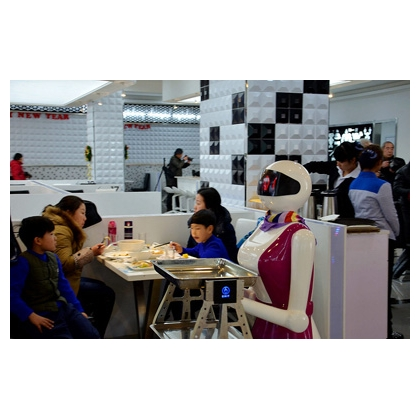 餐厅机器人品牌代理,广东餐厅机器人代理,欧铠餐厅机器人