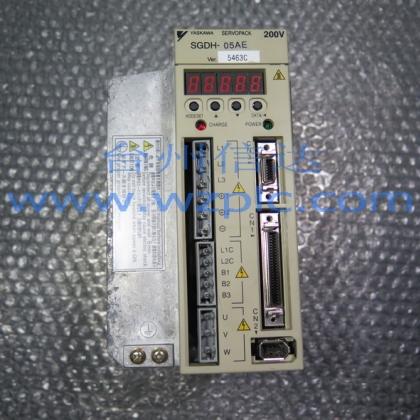 二手安川伺服驱动器SGDH-05AE