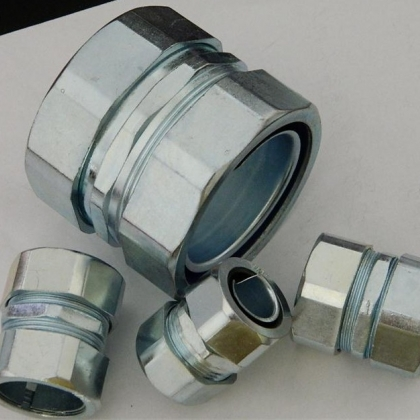 自固式钢管接头,卡簧式钢管连接器,材质多样