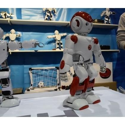 阿尔法2代机器人