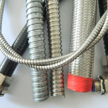 福莱通专业生产工业机器人配线器材 种类多样