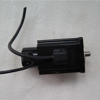 W-L01473F P50B07030DBPDB 300W 二手OTC电机