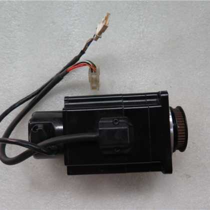 W-L01472E P50B07030DBPDA 300W 二手OTC电机