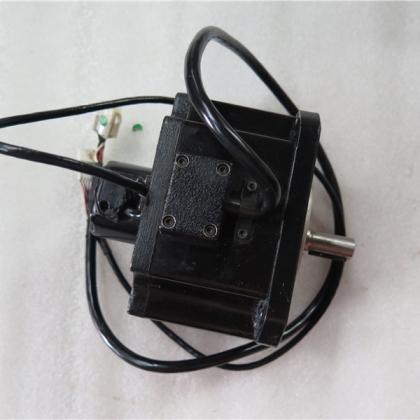 W-L01375 P60B13075DXPD1 0.75KW 二手OTC电机