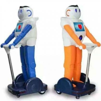 家居机器人未来天使可控制家电远程替身语音对话