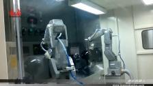 泰达机器人喷涂头盔