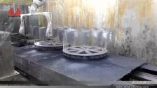 泰达机器人喷涂汽车后视镜