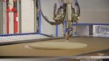 泰达机器人喷涂圆形木板