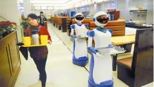 送餐机器人_餐厅服务员_餐饮机器人_上海惊鸿机器人