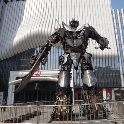 金属诱惑金属诱惑智能艺术机器人高约8米张辉商场房地产活动道具吸引人气