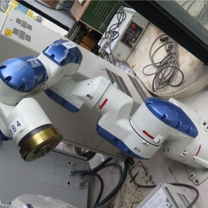 手安川20公斤机械手 机器人 可配电柜箱 现货销售