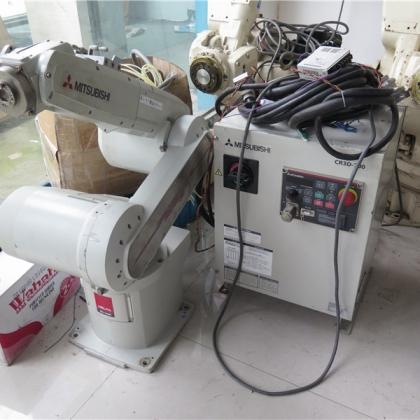 二手三菱机械手带控制柜 工业机器人 现货销售 拍前请议价 CR3D-700
