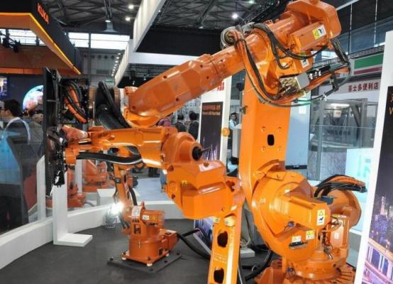 简析工业机器人的未来发展四大策略