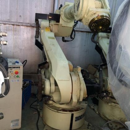 XRC系统YR-ES200-J02 二手安川机器人带控制柜 一套 台州信达