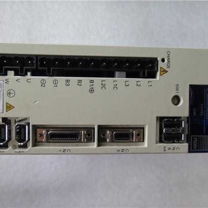 二手欧姆龙伺服驱动器R88D-WN08H-ML2 台州信达