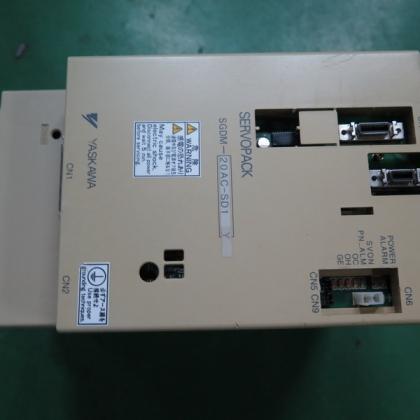 SGDM-20AC-SD1-PY8 二手安川伺服驱动器 台州信达