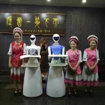 新加坡推首家机器人服务员 餐厅机器人多少钱
