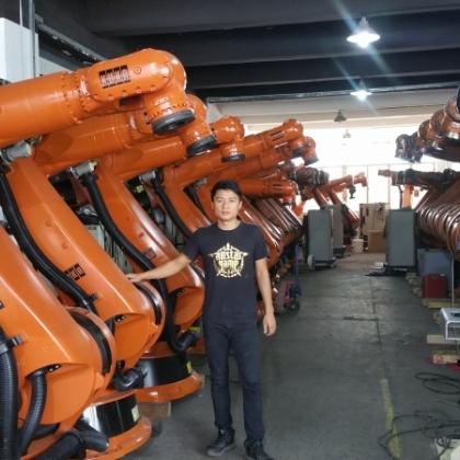 北方二手工业机器人销售回收中心  河北二手机器人市场  二手库卡机器人批发