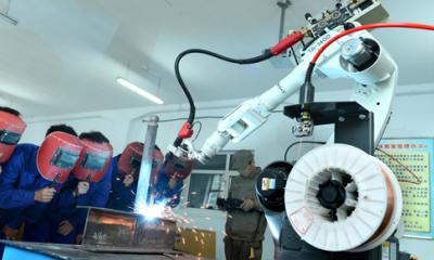 自动化时代机器换人成趋势:焊接机器人迎第二春