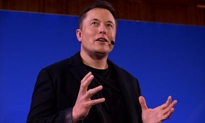 """特斯拉CEO:人类与AI共生可破解""""机器人威胁"""""""