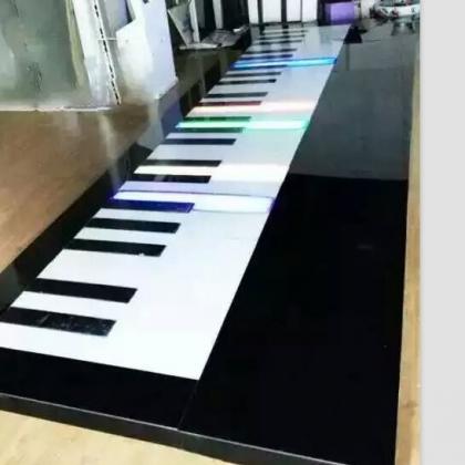音乐地板钢琴出租脚踩七色发光钢琴出租