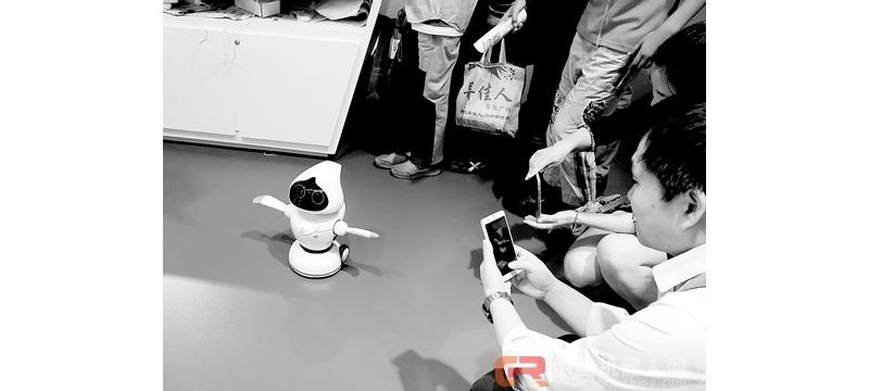 人形机器人受青睐