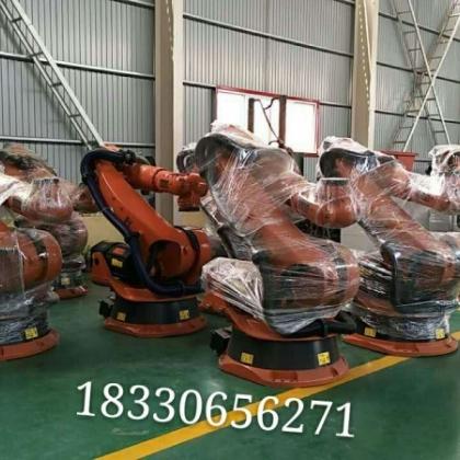 出售一批库卡搬运机器人   库卡机器人出售