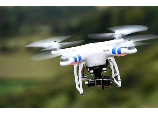 500企业生产总值超260亿 无人机监管待统一立法