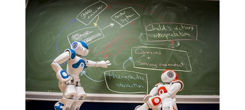 机器人医生帮助自闭症儿童开口交流