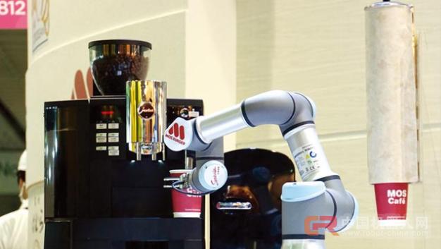 东元打造服务业金苹果 有请机器人