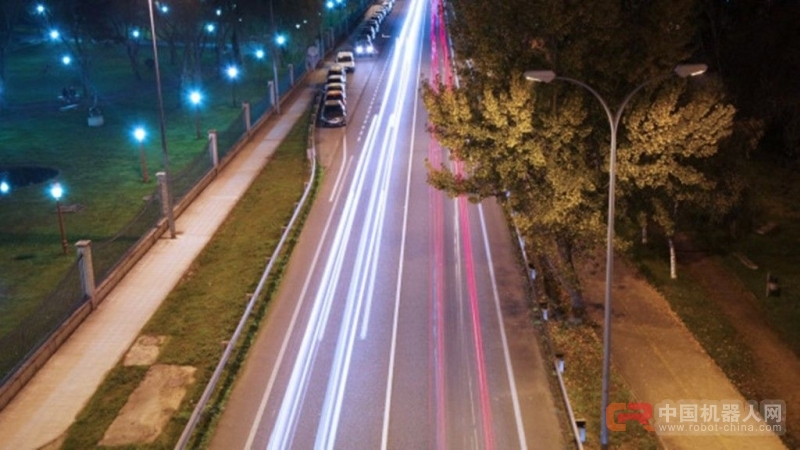 塑造人性化智能城市:无人驾驶汽车从四方面颠覆出行