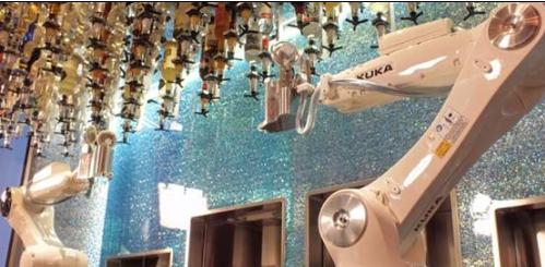 拉斯维加斯一家酒吧引入机器人调酒师 太有逼格了